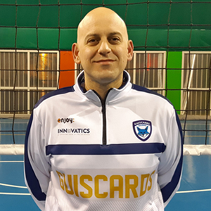 https://www.guiscards.it/wp-content/uploads/2018/10/volley-coach-francesco-tescione.png